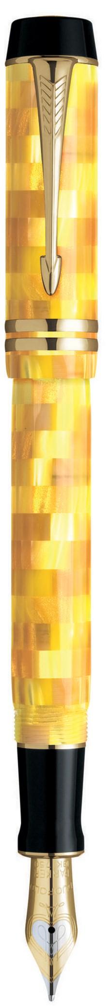 Bút máy Parker Duofold vân vàng cài vàng